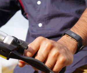 Withings Europe - pulse hr - Verbundenes Armband