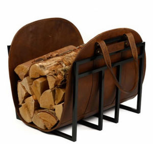 MOORE & GILES - $1,200.00 log carrier - Holzhalter
