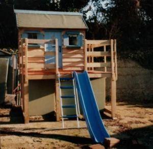 Kiddies Country Cottages -  - Rutsche