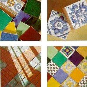 Les Ateliers De La Baume -  - Bodenfliese, Terrakotta