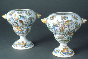 J.m. Bealu & Fils - paire de vases pots-pourris en faïence - Potpourri