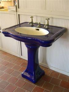 France Distribution - lavabo bleu sur colonne napoléon iii - Fuß Oder Säulenwaschbecken