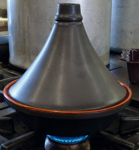 DM CREATION - tajine traditionnel noir mat en terre cuite 27cm - Tajinetopf