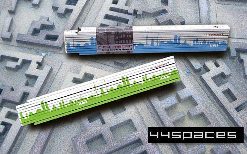 44spaces Metro plegable Utensilios varios Utillaje   