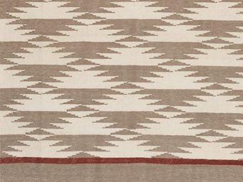 BLANC D'IVOIRE - triangles - Alfombra Contemporánea