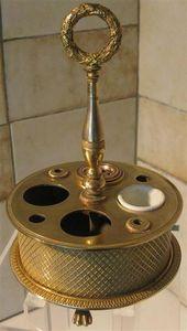 Antiquité Bosetti - encrier charles x de forme cylindrique - Tintero
