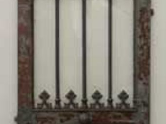 GALERIE MARC MAISON - antique neo-gothic cast iron door - Puerta Antigua