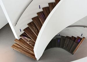 EESTAIRS -  - Escalera Con Tramo Curvo