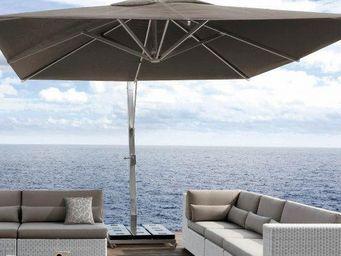 MANUTTI - hanging umbrella - Sombrilla Con Soporte Lateral