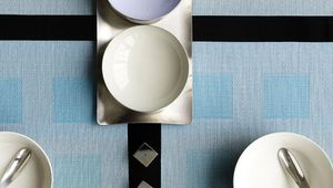 CHILEWICH - engineered squares - Mantel Individual