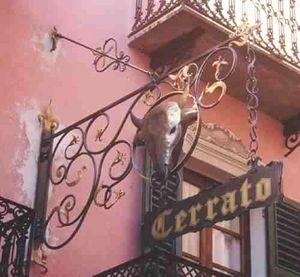 Fer Forge Seno & Siffredi - insegna con braccio ferro battuto volute - R�tulo Publicitario