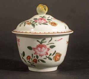 EARLE D VANDEKAR OF KNIGHTSBRIDGE - a 1st period worcester sugar pot & cover - Tarro De Confitura