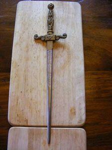 Ardèche Brocante en ligne - coupe papier épée - Tagliacarte