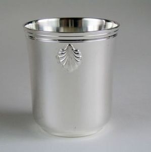 MG et MONTIBERT - coquille - Bicchiere Di Metallo