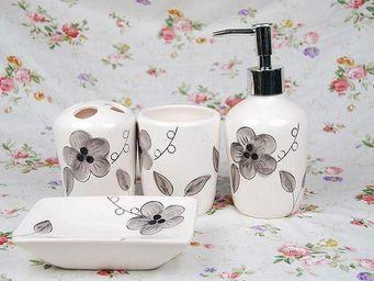 UsiRama.com - coffret salle de bain 4 accessoires wate - Set Accessori Per Bagno