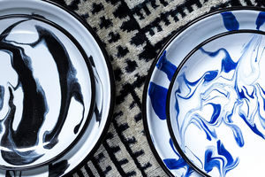 LES-OTTOMANS - enamel marble plate - Sottopiatto
