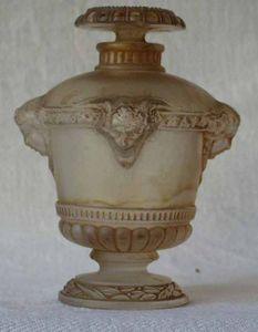 Antiquités Eric de Brégeot -  - Flacone Decorato