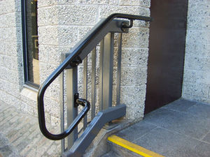 Kee Klamp - kee access main courante pour escaliers - Corrimano