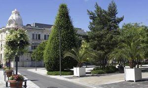 Larbaletier -  - Vaso Stile Orangerie